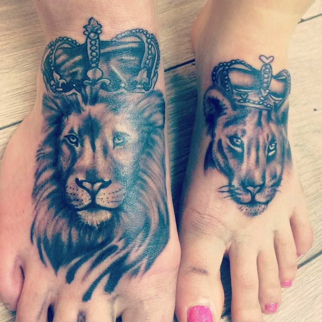 101 powerful lion tattoos certain to astonish authoritytattoo. Black Bedroom Furniture Sets. Home Design Ideas