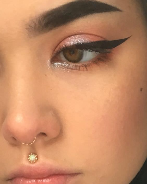 Septum Piercings – Ultimate Guide With Images