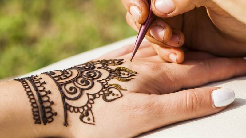 ae0c13773 How Long Do Henna Tattoos Last?