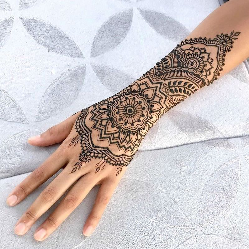 what is a henna tattoo complete guide