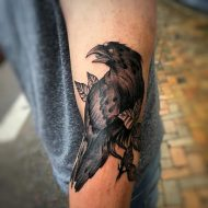 105 Mind-Blowing Crow Tattoos And Their Meaning