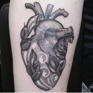 85 Mind-Blowing Heart Tattoos And Their Meaning
